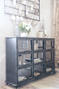 shabby rose onlineshop metal cabinet schrank vintage schrank metallschrank shabby black patina. Black Bedroom Furniture Sets. Home Design Ideas
