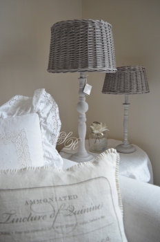 shabby rose onlineshop lampen lene bjerre mille lampenfu lampe shabby chic lampe schirm lene. Black Bedroom Furniture Sets. Home Design Ideas
