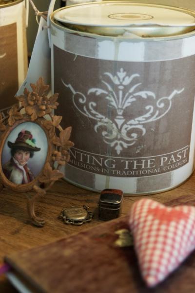Shabby rose onlineshop painting the past kreidefarbe farbe testglas painting the past tapete - Wandfarbe shabby ...